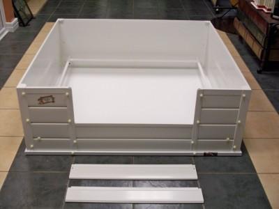 warwick whelping box assembled